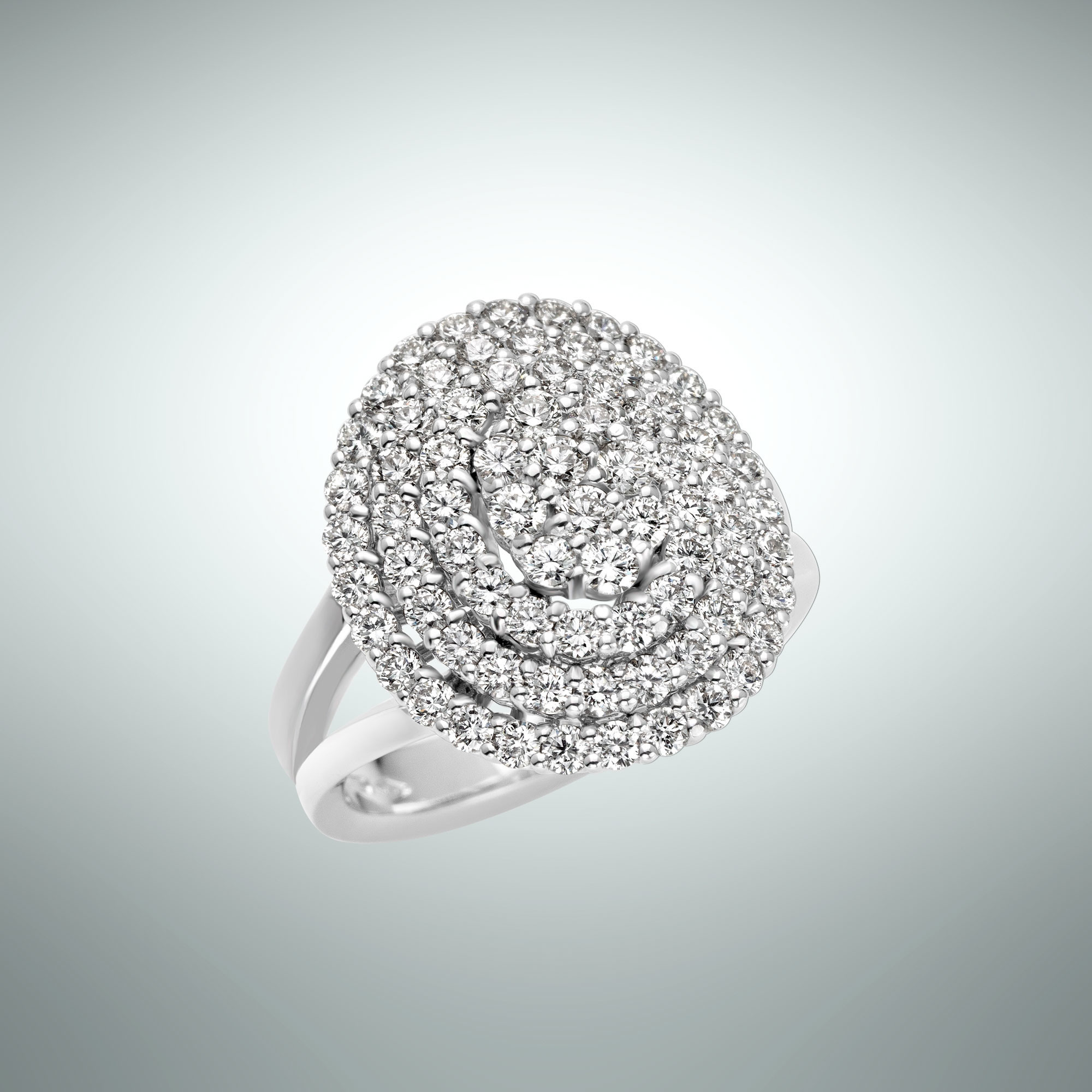 Charme ring